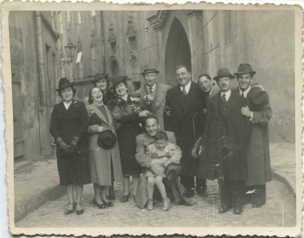 Fanny and Benny Sembler with Krymholc family