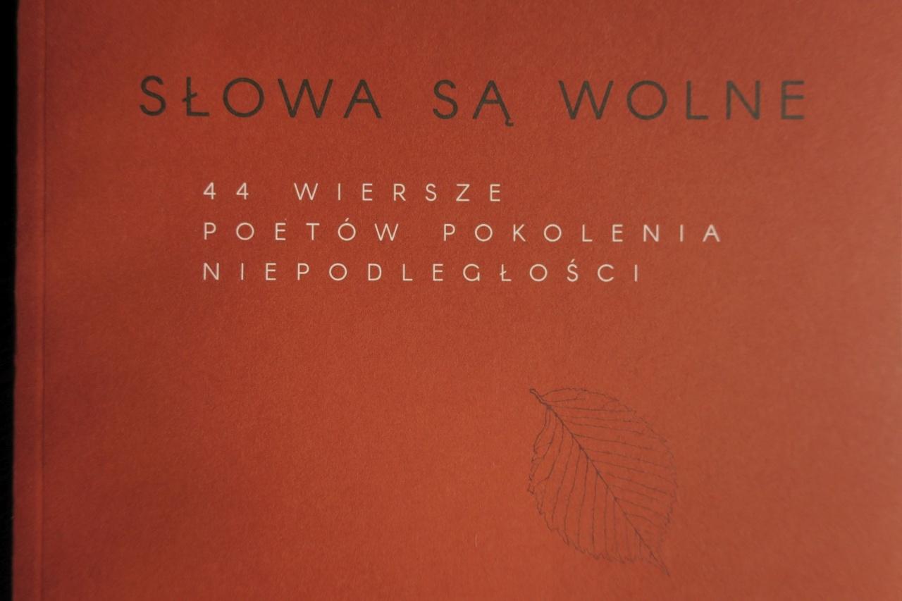 Antologia Słowa Są Wolne Wydawnictwo Teatr Nn