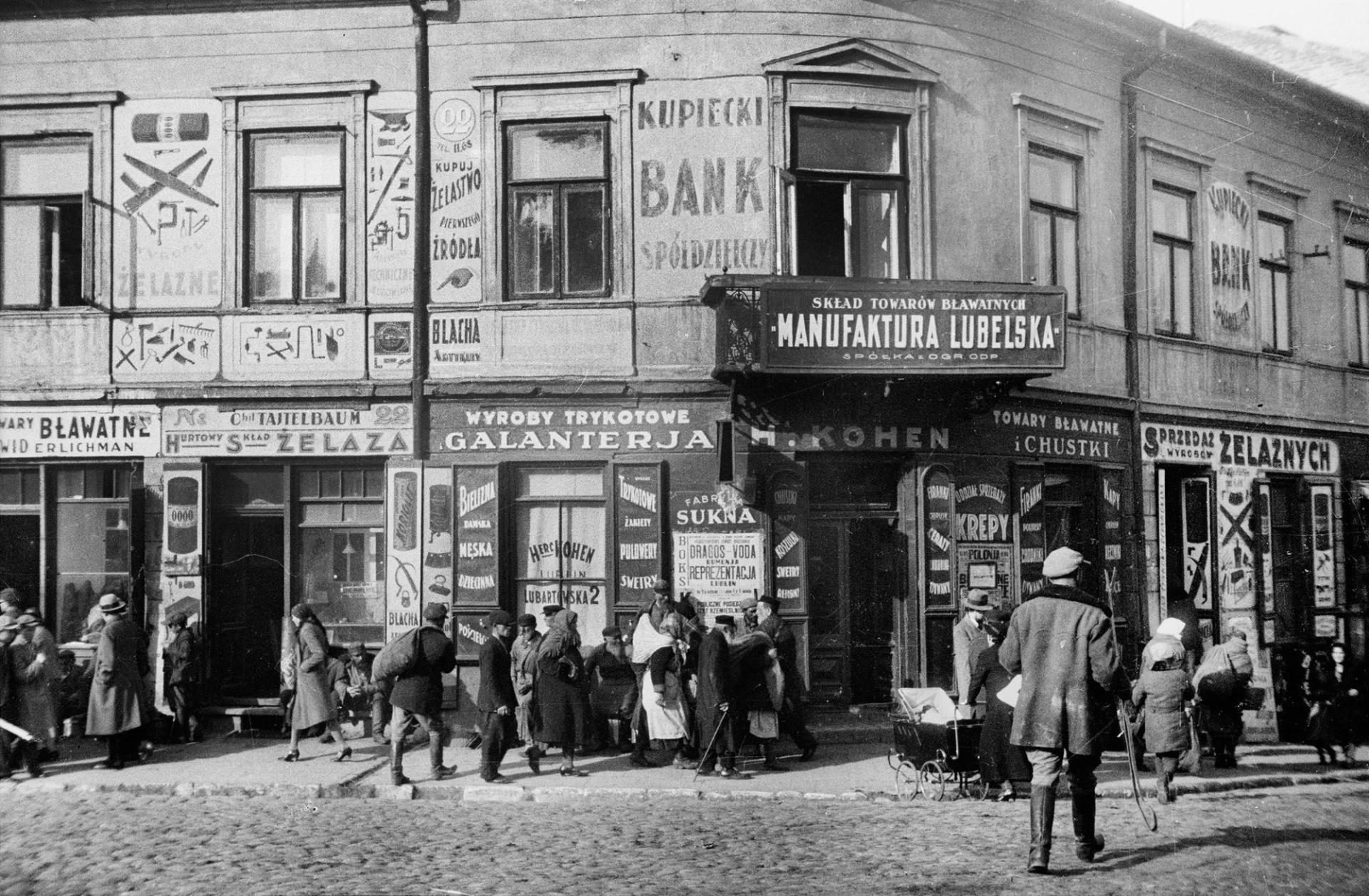 Zdjęcie z historią [3]: Tajemnicze zlecenie księgarza