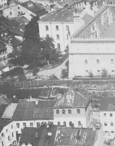 Synagoga Saula Wahla, fragment zdjęcia lotniczego, z lat. 30-tych XX wieku.